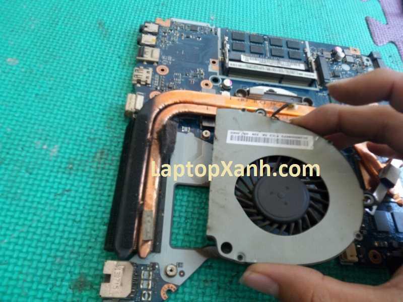 Vệ sinh quạt tản nhiệt laptop Acer