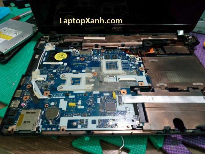 Vệ sinh laptop Acer chuẩn hãng