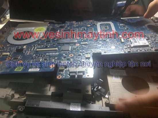 vệ sinh laptop chuyên nghiệp
