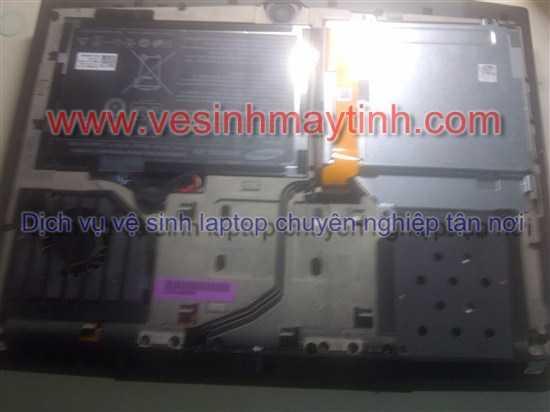 vệ sinh laptop dell alienware