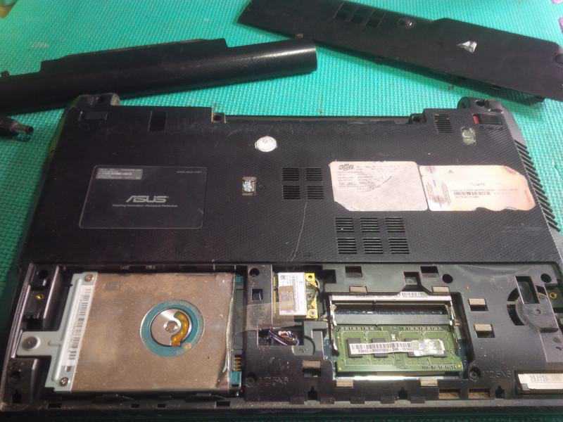 Vệ sinh laptop Asus