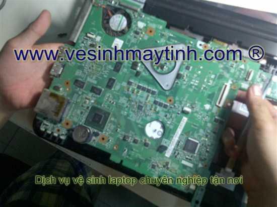 vệ sinh main laptop dell